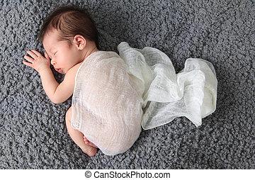 dorlotez fille, nouveau né