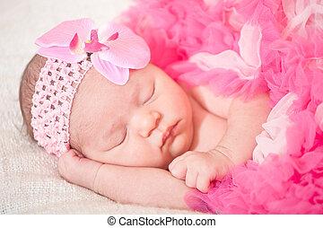 dormir, bebê recém-nascido
