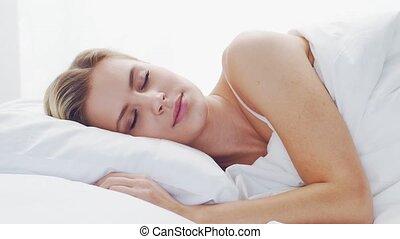 dormir, bed., matin, jeune, concept., bedroom., mensonge, ...