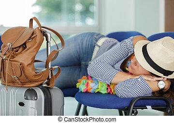 dormir, terminal, femme, aéroport