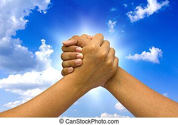 dos, acoplado, manos, en, sky.