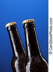 dos, botellas de cerveza