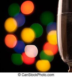 dos, copas de champán, brindar, contra, bokeh, luces, plano...