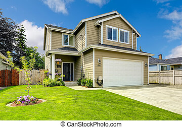 dos cuento, exterior casa, con, jardíndelantero, paisaje