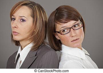 dos, empresa / negocio, mujeres