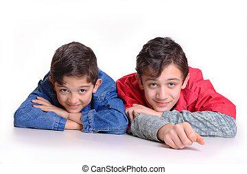 dos, hermanos