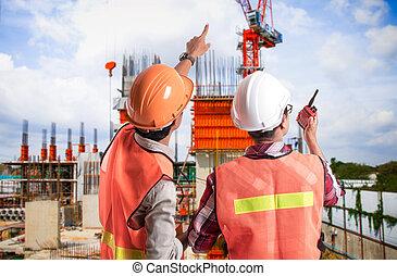 dos, ingeniería, en, construcción, en, interpretación el sitio