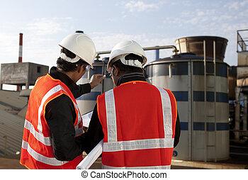 dos, ingeniero, en exteriores auténticos, sitio, disscution
