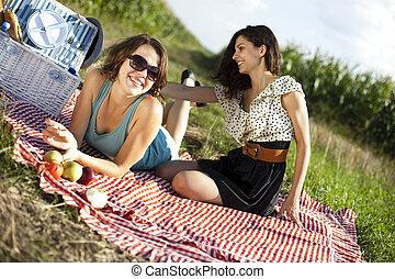 dos mujeres, en, el, picnic