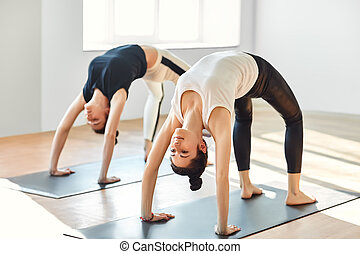 Yoga 6e5c929130a9