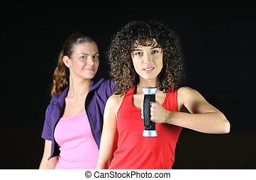 dos mujeres, resolver, en, club de la aptitud