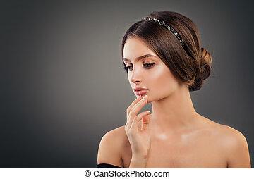 doskonały, accessories., kobieta, makijaż, młody, włosiany fason, poślubny portret, dziewczyna, wzór, hairdo