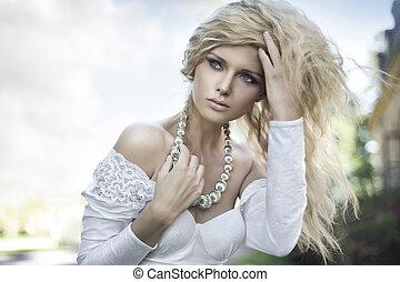 doskonały, blondynka, przedstawianie, młody