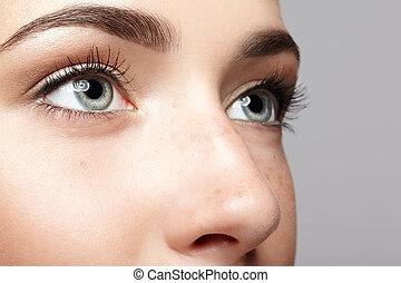 doskonały, oczy, kobieta, samicze piękno, piegi, face., skóra, makeup., closeup, ludzki, makro, portret, dziewczyna, otwarty, dzień