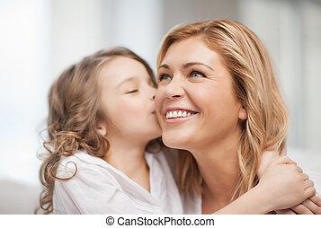 dotter, mor