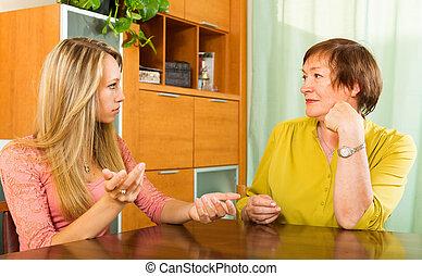 dotter, vuxen, allvarlig, konversation, ha, mor