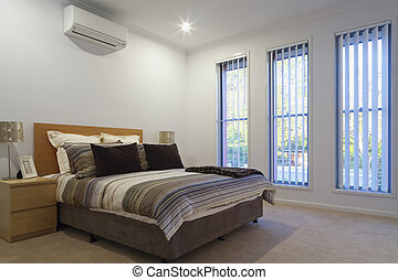 Double master bedrrom - New double bedroom with pillows and...