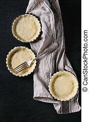 Dough for baking quiche tart