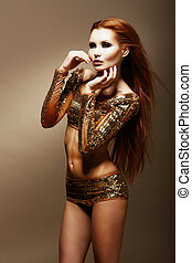 dourado, fascinante, mulher, clubwear, radiance., asiático, glitter.