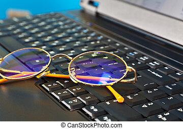 dourado, laptop, óculos
