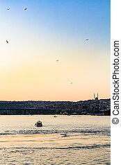dourado, noite, istambul, baía, barcos, chifre
