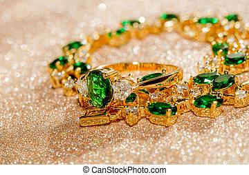 dourado, pulseira, com, esmeralda