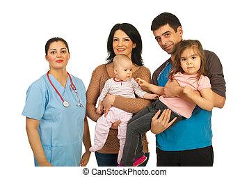 doutor, mulher, com, família feliz
