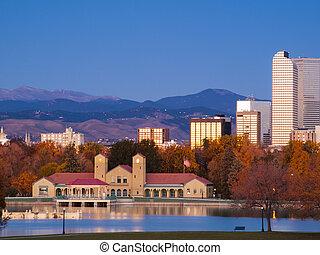 Downtown Denver - Sunrise over downtown Denver in late ...