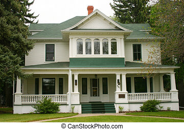 Downtown home - Beautiful home downtown - Medicine Hat,...