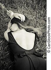 drøm, ind, græs, portræt kvinde, ind, bw