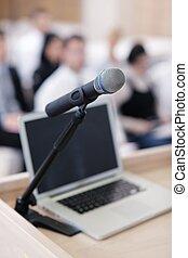 draagbare computer, op, conferentie, toespraak, podium