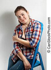 drabina składana, kobieta, metal, koszula, posiedzenie