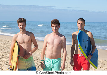 dragen, jongens, oever, jonge, bodyboards