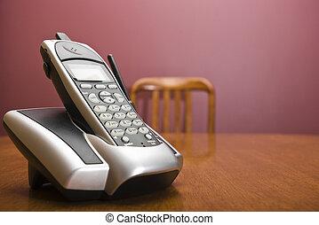 drahtloses telefon, auf, a, tisch, mit, stuhl