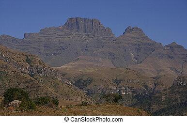 Drakensberg summit - Looking at Cowl\\\'s peak from hiking...