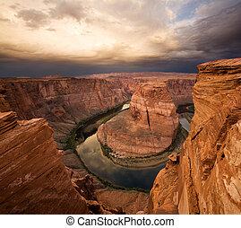 dramático, deserto, desfiladeiro, amanhecer