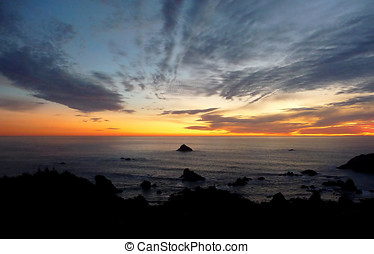 Dramatic sunset on the Oregon coast 925A - Dramatic and...