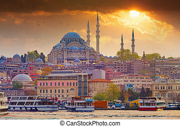 Dramatic sunset over Suleymaniye Mosque in Istanbul, Turkey
