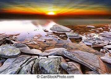 dramatique, coucher soleil, sur, les, lac, paysage nature