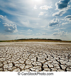 dramatique, nuages, à, soleil, sur, sécheresse, la terre