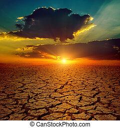 dramatisch, sonnenuntergang, aus, dürre, erde