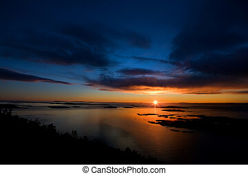 dramatiske, ocean solnedgang