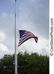 drapeau, demi mât