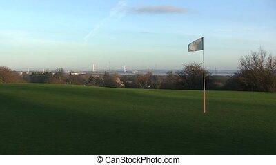 drapeau, golf, poteau, vent, s'agiter