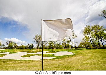 drapeau ondulant, golf