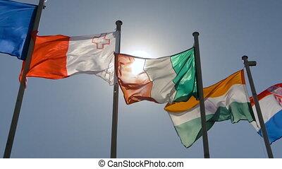 drapeaux, politique, super, battement des gouvernes, vent, -, lent, concept, mouvement, coloré