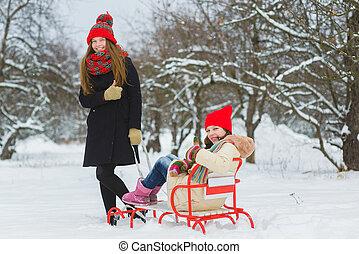 draußen, winter, mädels, schnee, zwei, spielende , tag, glücklich