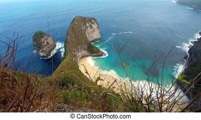 dream beach at Nusa Penida island, Bali Indonesia - dream...