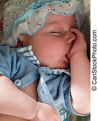 dreaming baby suck finger when sleeping