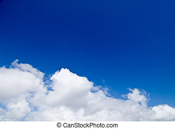 Dreamy summer sky with clouds - Dreamy blue sky with big...